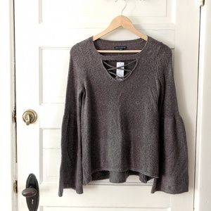 Nwt American eagle bell sleeve sweater XS